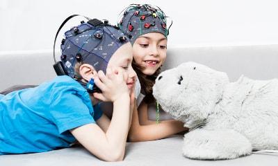 ثبت EEG از کودکان